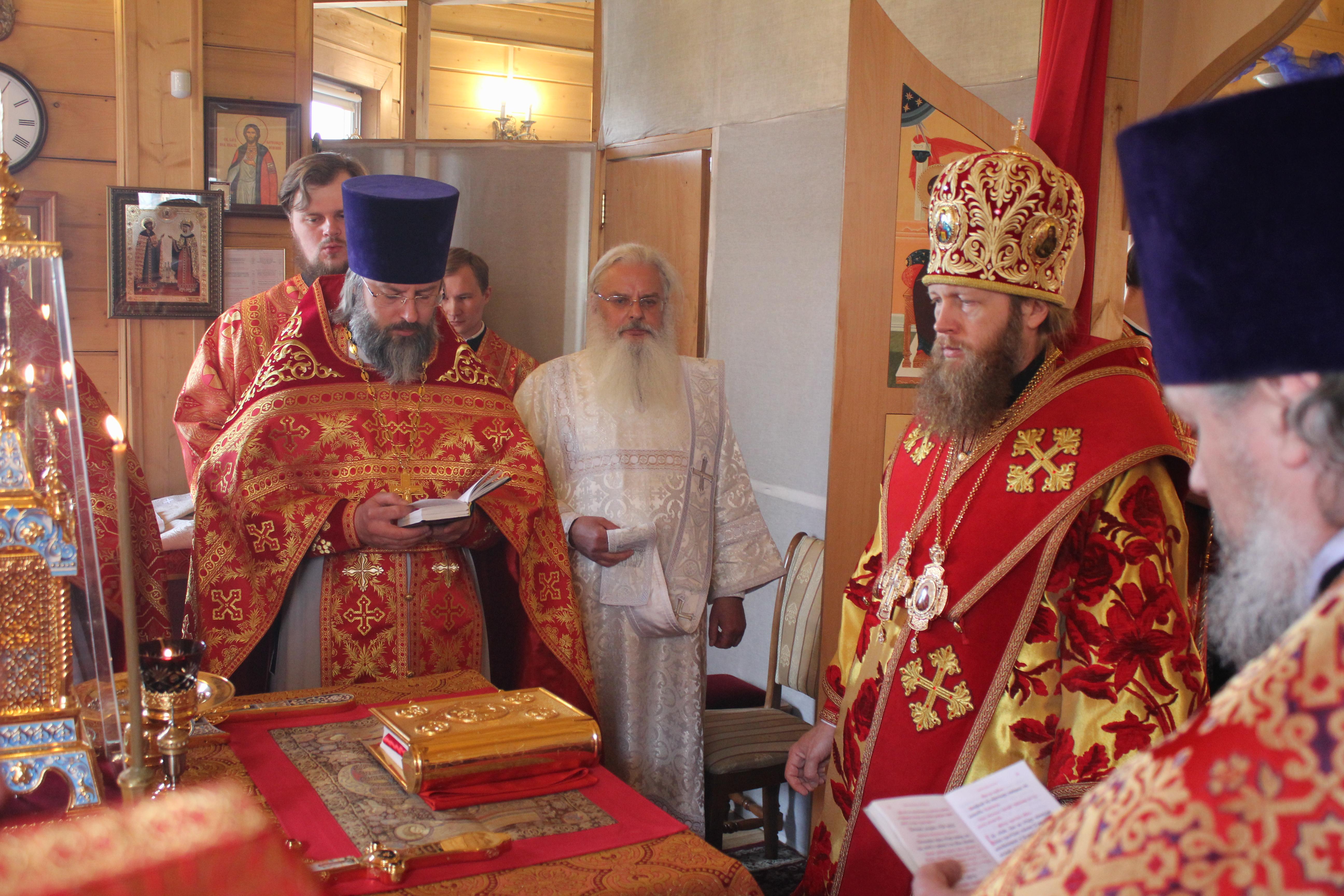 Престольный праздник в храме святых Жен-Мироносиц