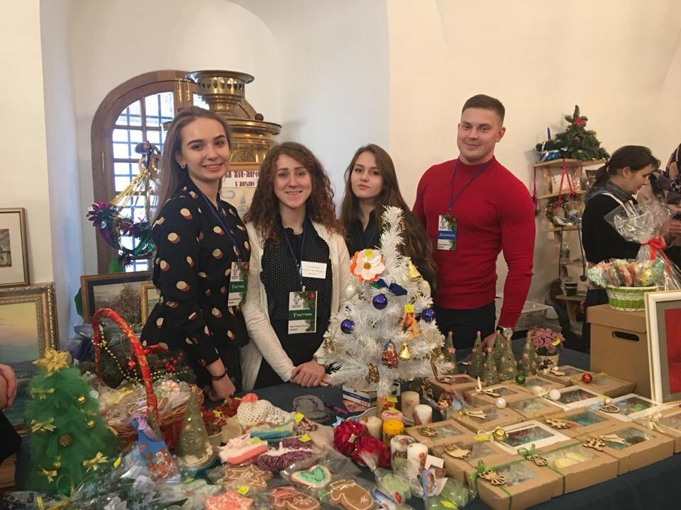 Благотворительная ярмарка в Новоспасском монастыре